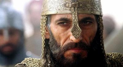 """الملكة """"توميريس"""" تعيد غسان مسعود للعالمية بعد غياب 3 سنوات"""