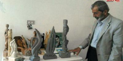 30 عاما من النحت ..أبو زيدان فنان بالفطرة