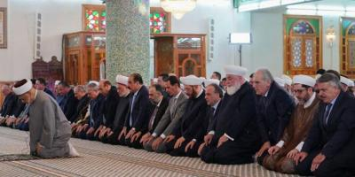 الرئيس الأسد يؤدي صلاة عيد الفطر في رحاب جامع السيد الرئيس حافظ الأسد بدمشق