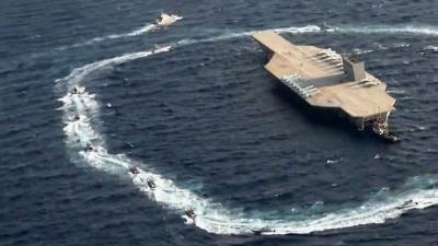 """""""أنتم خبراء""""... البحرية الأمريكية تسخر من إيران بصورة في مضيق هرمز"""